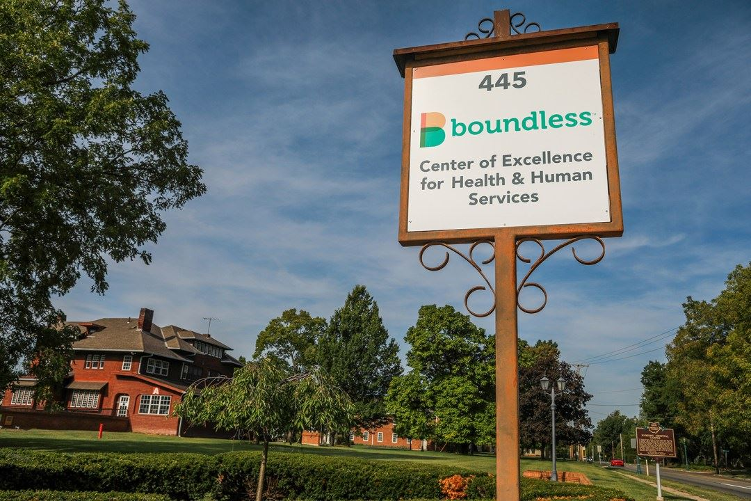 Boundless Entrance-sign
